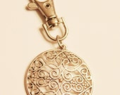 Heart filigree keychain, silver toned keychain or purse hook