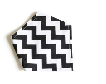 Adjustable Bandana Bib || Zig Zag Black and White
