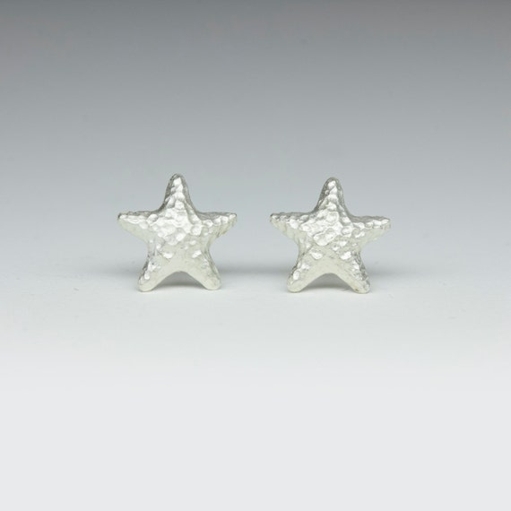 Ready to ship, Hammering starfish earrings in sterling silver
