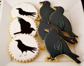 12 Vegan Raven Sugar Cookies