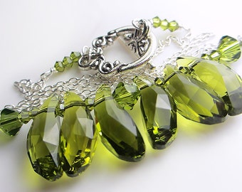 Swarovski Olive Green Necklace Swarovski Green Crystal Necklace Green Crystal Olivine Pendant Necklace Gift for her
