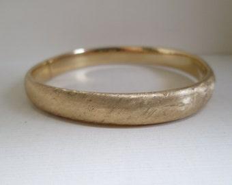 Vintage 14K Gold Textured Bangle Bracelet