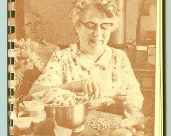 Vintage Troy-Bilt Roto Tiller Owner's Recipe Collection #1 Cookbook Advertising Booklet