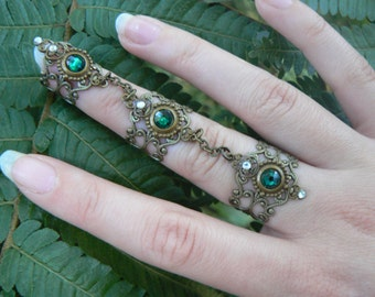 armor ring nail ring Swarovski GREEN claw ring knuckle ring steampunk goth vampire victorian goddess pagan witch boho gypsy style