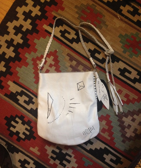 TRBAL MARKS White Leather Pouch Purse, black & white TOTE, braided strap with fringe, leather feather accent, medium size tote-shape