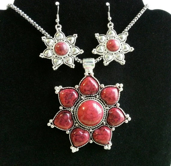 Red turquoise heart necklace, valentine jewelry set.