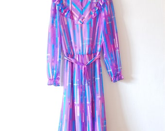 Vintage 1960's Dress Ruffle Collar