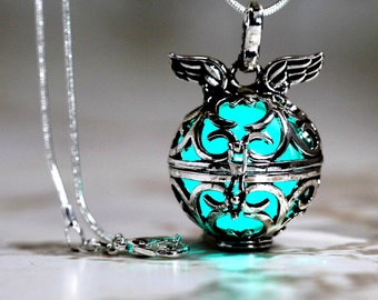 "Ice Teal Glowing Angels Wings - 925 Sterling Silver SP With 18"" Sterling Silver SP Snakechain, Glow Pendant, Glow in the Dark, Glow Jewelry"
