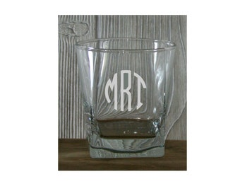 Groomsmen Whiskey Glasses - Personalized 9.25 oz  Whiskey Glasses - Perfect for Him - Birthdays, Bachelor Parties, Groomsmen Gifts