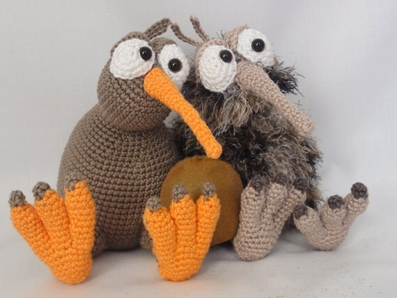 Lobo Amigurumi Tutorial : Amigurumi Crochet Pattern Kirk and Wilma the Kiwis