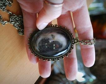 Luna Cameo Necklace