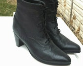 Vintage Code West Black Leather Lace Up Ankle Boots With Wooden Heel // Size 10 / Worn Once