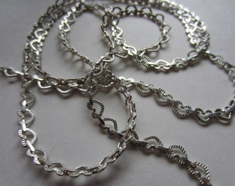 Silver Textured Heart Link Chain - 6/4mm Heart Links - By the Yard