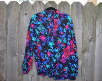 1980s Vintage Plus Size Multi-color Floral Blouse with Pointed Collar