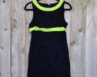 SALE! 1990s Vintage Mod Style Black and Lime Green Dress