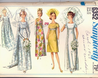 1960s Size 12 Bust 32 Wedding Dress Detachable Train Bridesmaid Gown Simplicity 6352 Vintage Sewing Pattern Evening