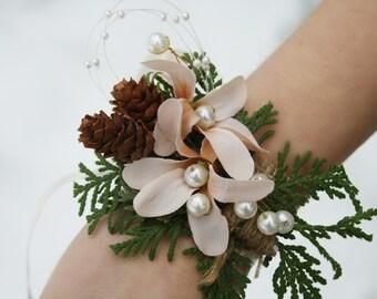 Rustic Corsage Winter corsage Woodland wedding corsage flower pinecone corsage winter wedding wrist wrap bridesmaid gift bridal corsage EVE