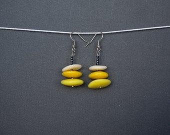 Polymer clay earrings Yellow earrings Spring earrings Dangle earrings Sunny earrings Beaded earrings Black earrings Pastel Summer Boho