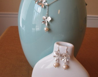 Orchid Bridesmaid Necklace and Earring Set By The Darling Duck
