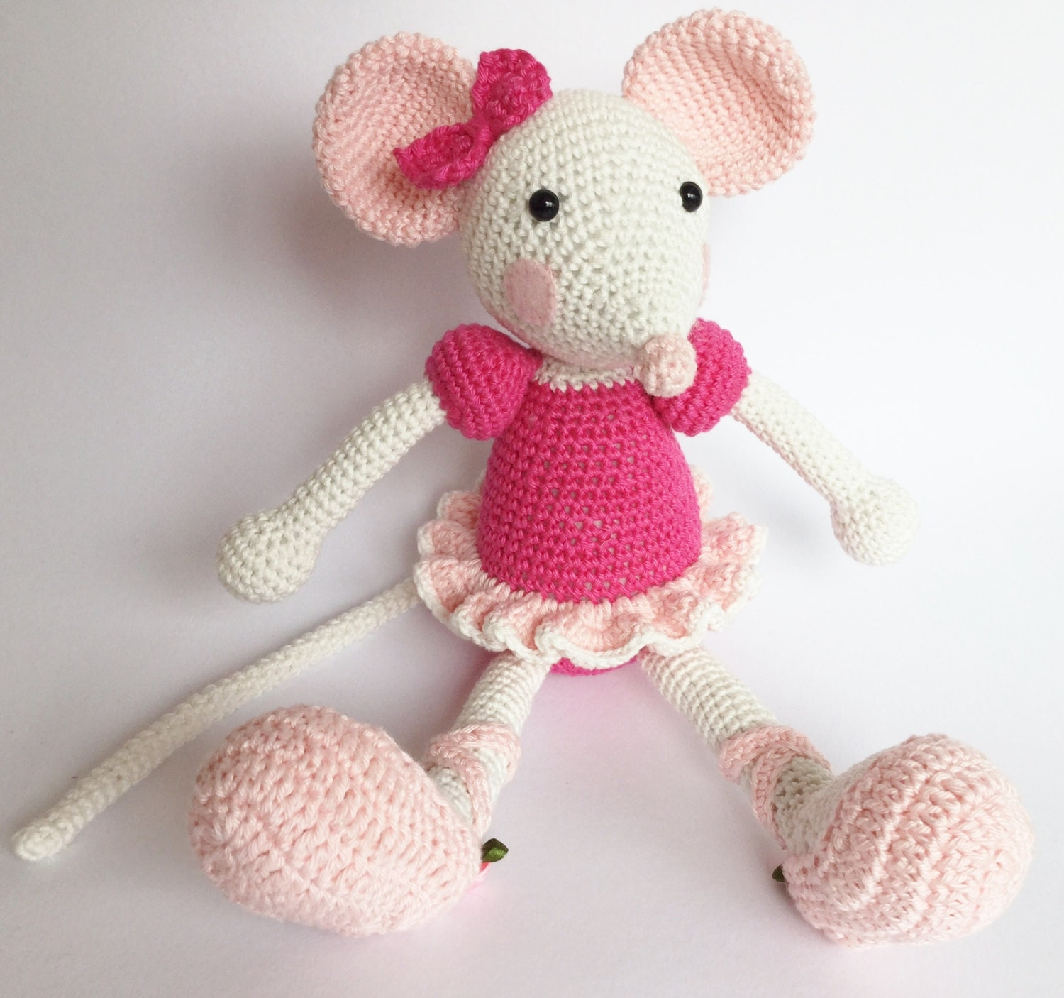 Amigurumi Ballerina Mouse based on Lilleliis pattern