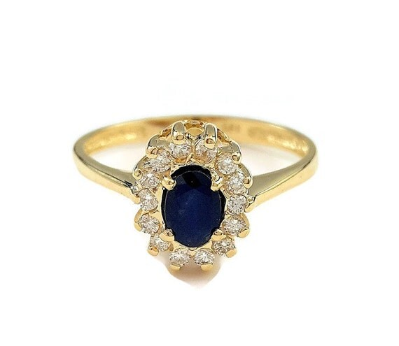 blue sapphire ring princess diana ring engagement ring