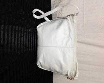 Giani Bernini White Shoulder Bag 106