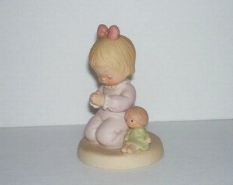 Enesco Memories of Yesterday I Pray The Lord Figurine