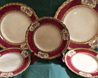 Set of 5 Wedgwood Plates-Phoebe Multicolor Maroon