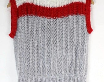 SALE - 80s KNITTED Sweater Top