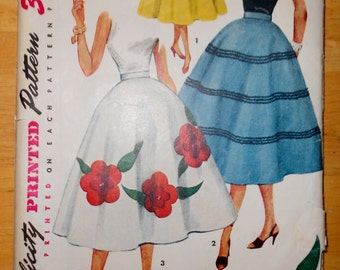 Vintage Simplicity Pattern #4658 ~ 1950's Misses' Skirt With Transfer ~ Size 28