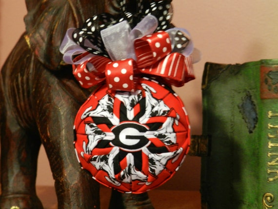 University Of Georgia Bulldogs Quilted Ornament By