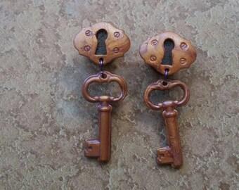 "7/16"" or 1/2"" -- Lock & Key Single Flare Plugs"