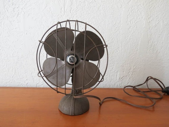Little Desk Fan : Small handybreeze vintage industrial desk top fan in chocolate