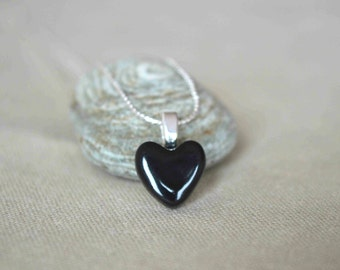 Black heart pendant, ceramic pendant necklace, heart jewelry, Valentines day gift for her