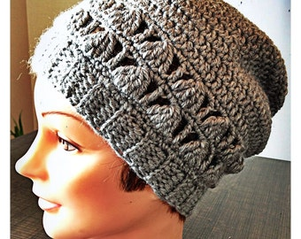 Bonnet with lace