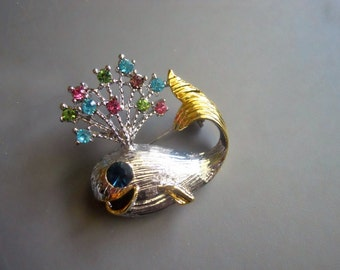 90s Retro Vintage Two Tone Gold Silver Tone Whale Blow Hole Crystal Work Brooch Pin