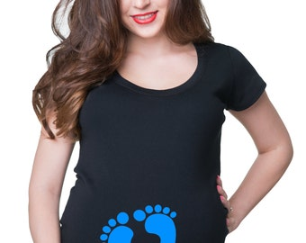 Whats Kicking Funny Maternity T-Shirt Baby Feet Prints Pregnancy Tee Shirt