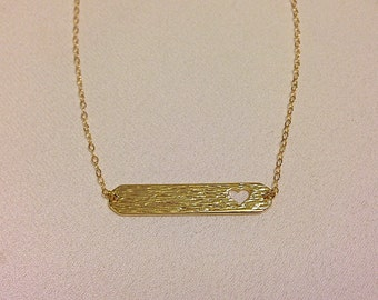Gold Bar Heart Necklace : chic modern jewelry