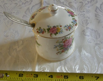 Victoria China ENGLAND BONE CHINA jam jar
