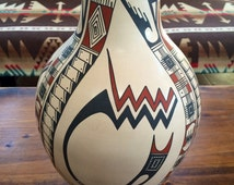 signed Yolanda Soto master Mata Ortiz polychrome pottery painted pot Indian Indigenous Mexico Mexican southwestern pueblo geometric abstract