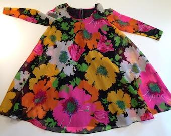 1960's MOD MINI Dress  / TWIGGY / Andy Warhol Style Pop Art Floral Print / Size Small to Medium