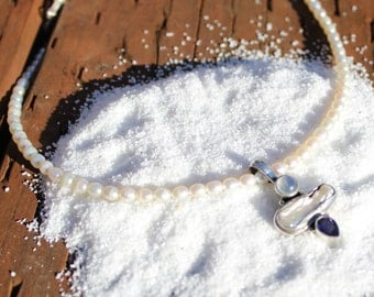 Moonstone Necklace | Pearl choker necklace | dainty choker | gemstone choker | gemstone necklace | tiny gemstone choker | moonstone pendant