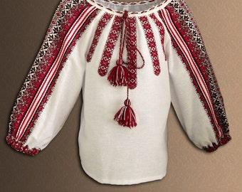 Ukrainian embroidered blouse for Girls. Ukrainian folk blouse. Red, blue, green. Vyshyvanka