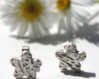 Silver flower studs, silver flower post studs, silver studs, silver earrings studs, tiny flower stud earrings