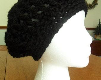 Ladies beret hand crocheted Loops & Threads black yarn. Machine washable.