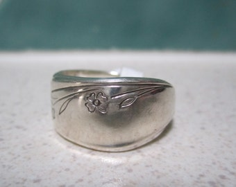 Vintage Spoon Ring - Size 8 / Q