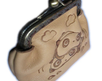TarePanda leather purse