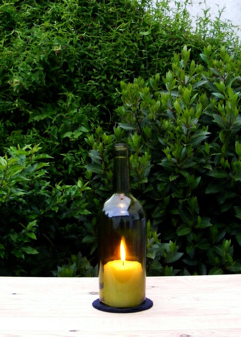 wein flasche kerze garten candle holder windlicht von popapeep. Black Bedroom Furniture Sets. Home Design Ideas