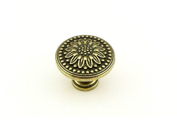 tiroir poign es poign es commode antique boutons poign es. Black Bedroom Furniture Sets. Home Design Ideas