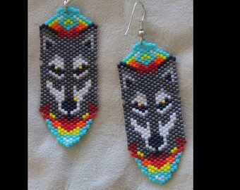 Gray Wolf Beaded Earrings. Authentic Native American Hand Made. Southwest Design. Delica Beads. First Nation. ndn. Brick Stitch, Hunter